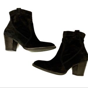 Paul Green | Black Suede Ankle Boots